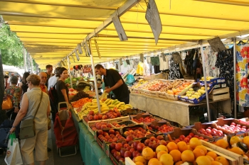 Open Markets in Paris