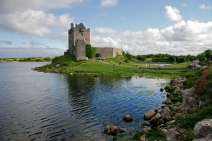 Ireland_With_Castle