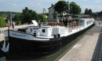 thumb_Meanderer in Pont Canal 002